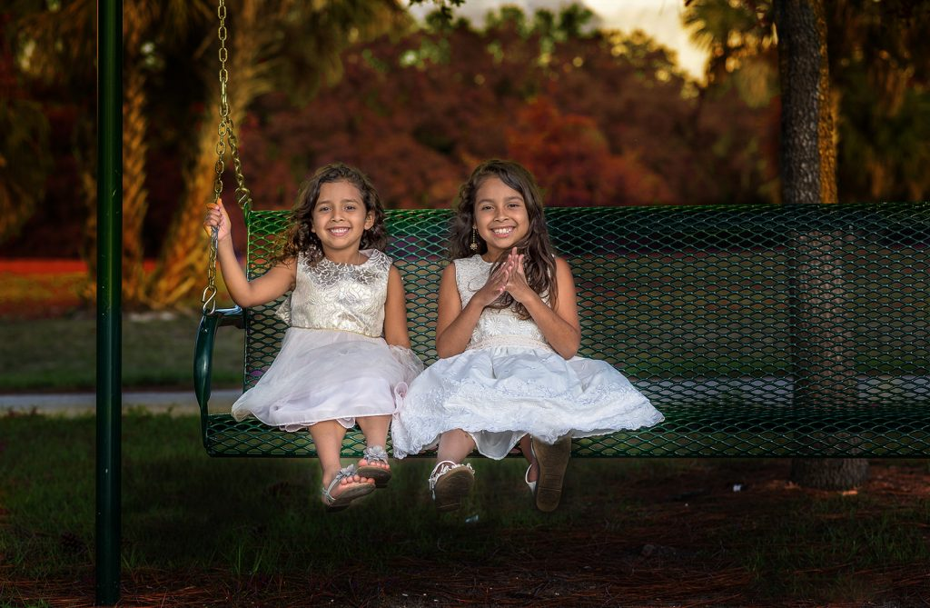 2-girls-on-swing